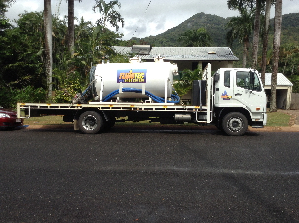 how to clean septic tank